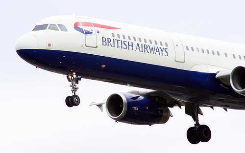 Airbus 321 with wheels down